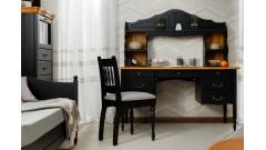 Письменные столы из массива сосны